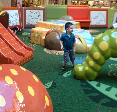 Toddler playground mall