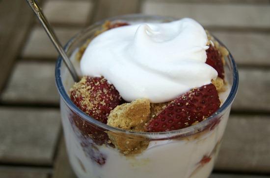 Recipe: Strawberry Banana Parfait