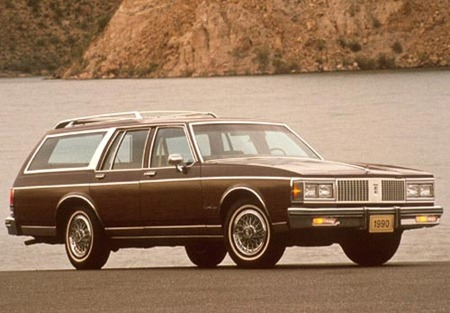 oldsmobile station wagon