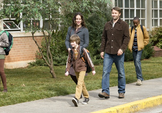 """THE ODD LIFE OF TIMOTHY GREEN"" - Photo ID, left to right:  Jennifer Garner, Cameron ""CJ"" Adams, Joel Edgerton..Ph: Phil Bray...©Disney Enterprises, Inc. All Rights Reserved."