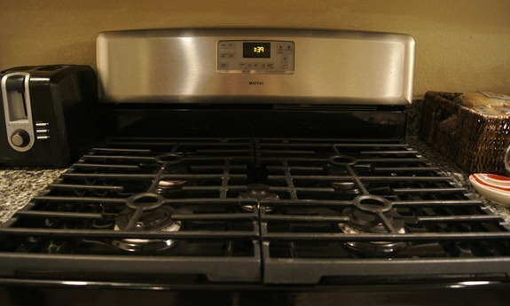 maytag stove 5 burners