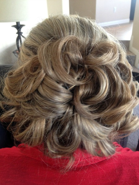 Bridal shower hair