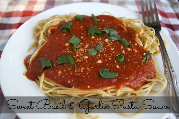 Sweet Basil and Garlic Pasta Sauce