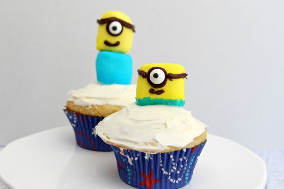 Minion Cupcakes How-To