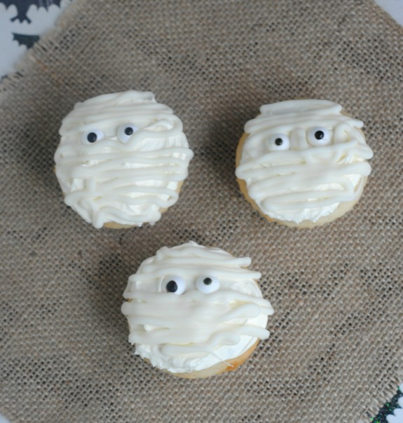 Not So Scary Mummy Cupcakes for Halloween