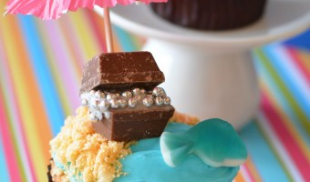 Treasure Chest Beach Cupcakes Recipe