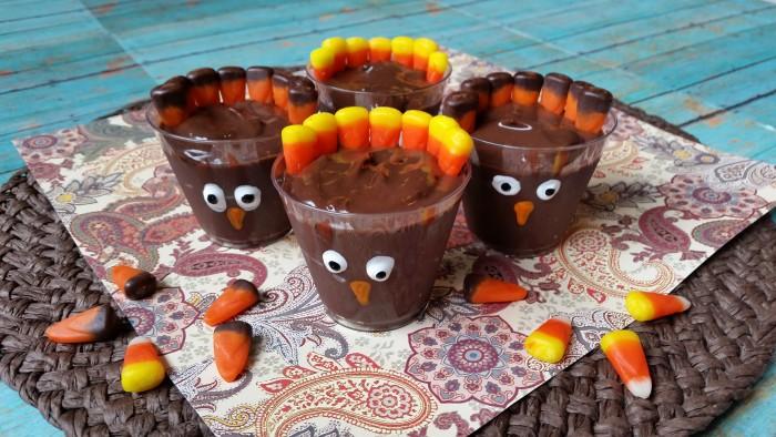Easy Thanksgiving dessert recipe- Turkey Dessert Shooters