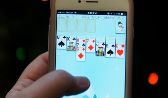Beat Stress This Holiday Season with Solitaire by MobilityWare!