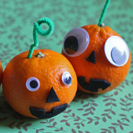 Five EASY #Halloween Crafts To Do With Your Kids!