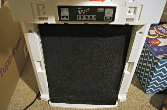 Inside Fellowes air purifier filter