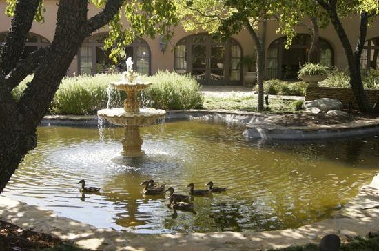 Langham Pasadena Courtyard