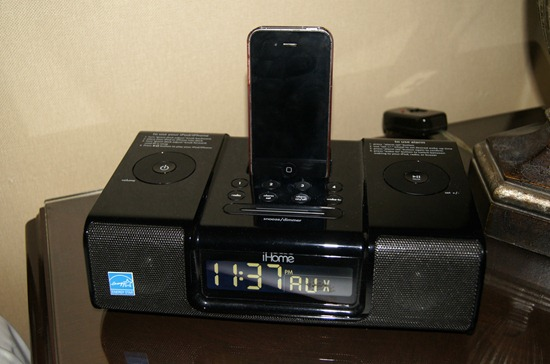 langham pasadena iphone dock radio