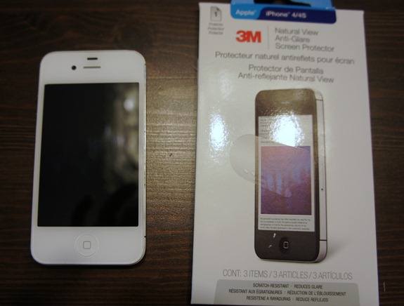 3M Natural View Anti-Glare Screen Protector for iPhone product