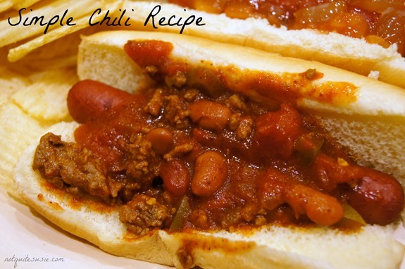 Simple Chili Recipe- Perfect for chili dogs or by itself!