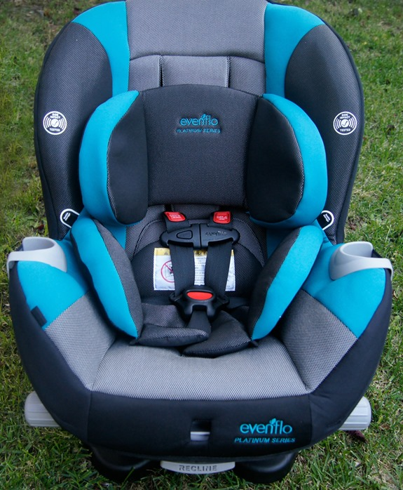 Ensuring Safety And Comfort With The Evenflo Triumph LX Car Seat