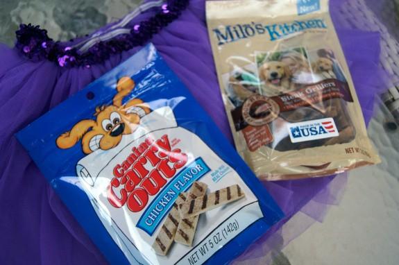 Dog trick-or-treats #TrickOrTreatEm #shop