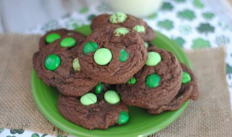 One of the best things about St. Patrick's Day is that everything is green! If you're already out of Thin Mints {same} you can whip up these easy Mint Chocolate Cookies at home- using M&M's! This is one of the best and easiest recipes to celebrate St. Patrick's Day- with a delicious dose of sugar!