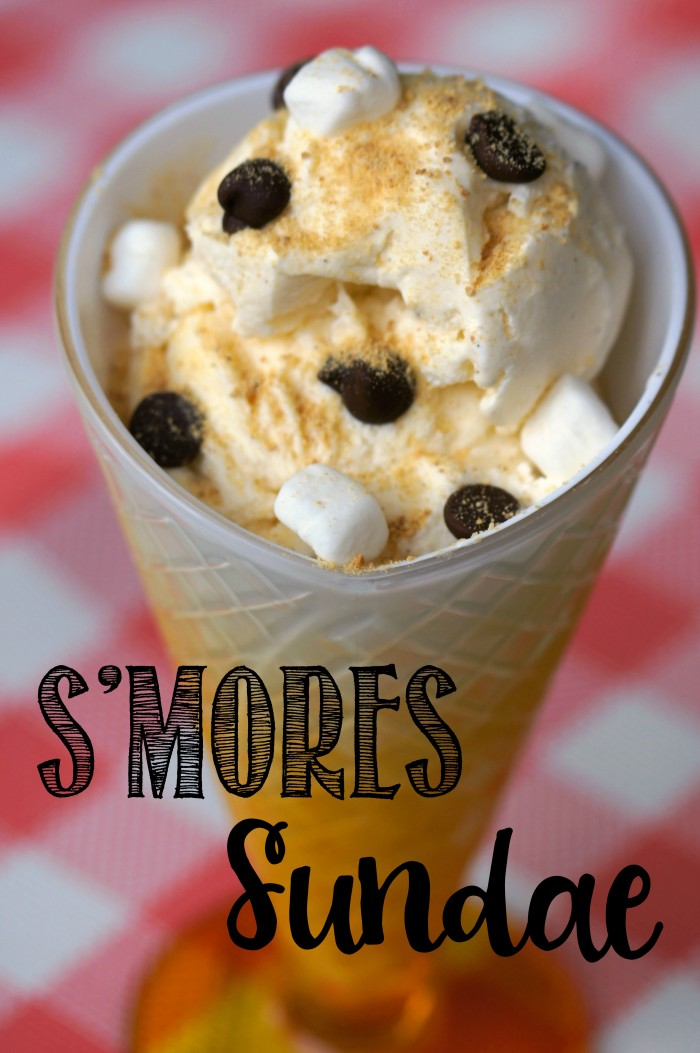 S'mores are my favorite dessert- but you don't have to be sitting around a campfire to eat them! You can even have s'mores as ice cream with this S'mores Sundae Recipe! This would be a fun party dessert idea- don't forget the chocolate! #smores #summer #icecream #easyrecipes