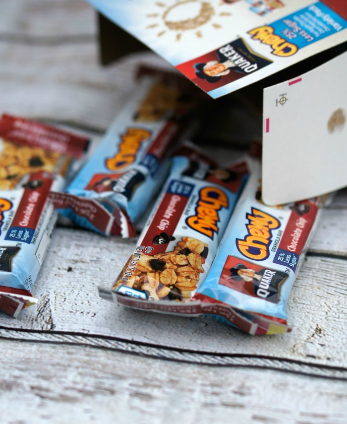 Quaker Chewy Granola Bars are a great snack to include in lunches!