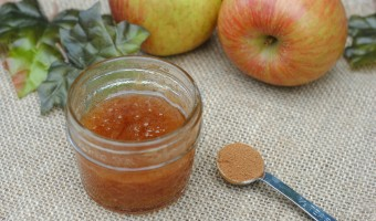 DIY Beauty: Apple Cinnamon Body Scrub