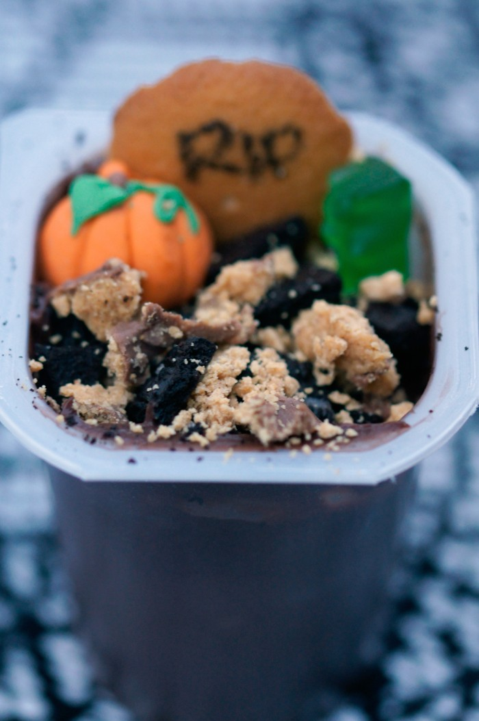 A yummy use for leftover Halloween candy- spooky graveyard pudding cups!