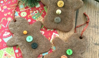 DIY Christmas Ornaments: Gingerbread Scented Salt Dough Ornaments