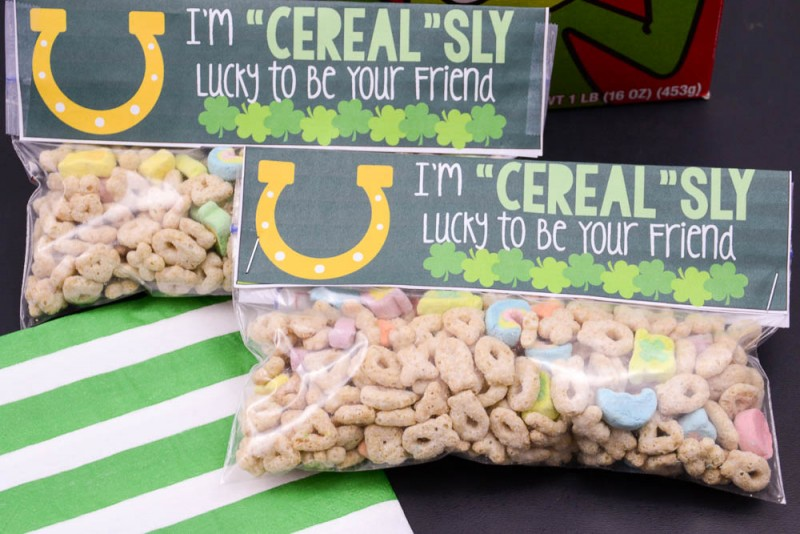 I'm Cerealsy Lucky to Be Your Friend Free Printable Treat Topper for St. Patrick's Day