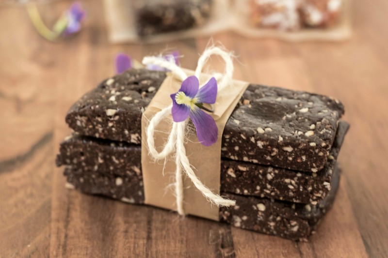 Homemade Copycat Larabars- Dark Chocolate Almond