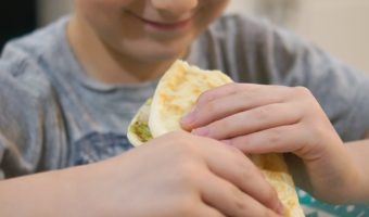 California Chicken Pitas Recipe & 5 Tips for Making School Lunch Easier