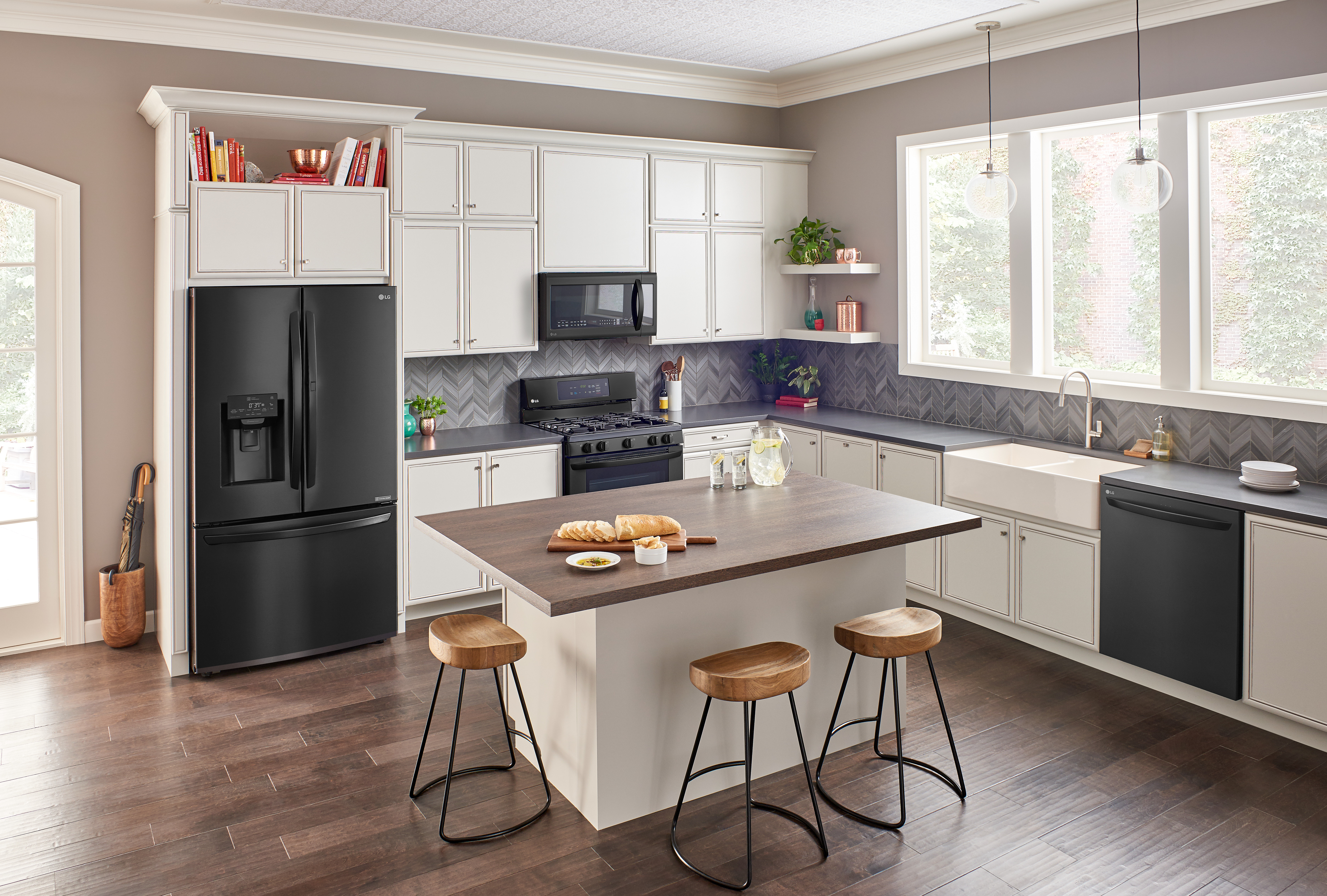 Upgrade your kitchen and laundry room with lg smart appliances from