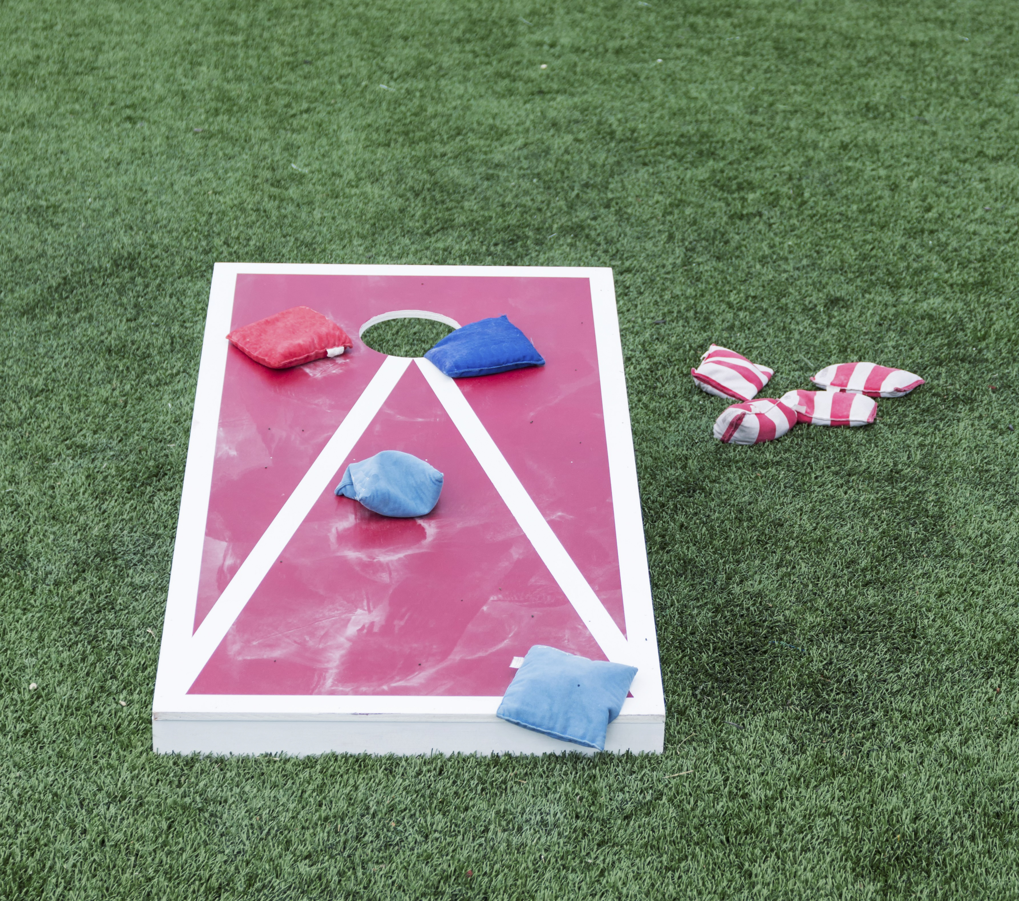 22 Awesome DIY Backyard Games - {Not Quite} Susie Homemaker