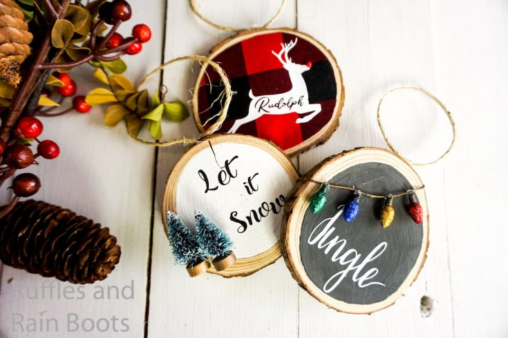 Make a Simple Wood Round Ornament 3 Ways in just Minutes!