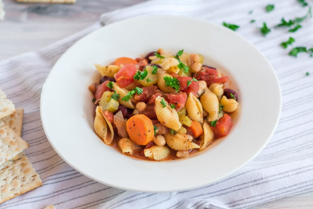 Need a new delicious, healthy vegetarian soup recipe? This Slow Cooker Minestrone Soup is so easy to make in your Crock Pot! It's full of <a href=
