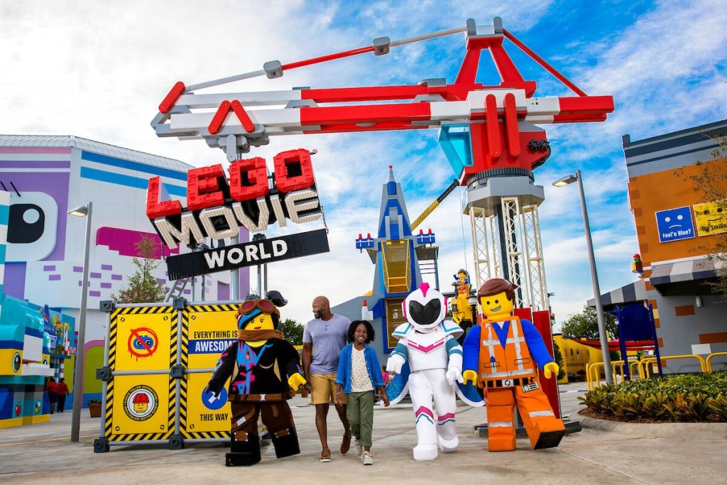 If you've seen adorable pictures from LEGOLAND California Resort, you may be wondering when the best time to go to Legoland in San Diego is. Check out this post for tips based on crowds, weather, special events, new rides, and more- and learn how to save on your hotel and tickets too!